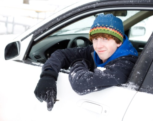 teen-driving-snow-500-x-395